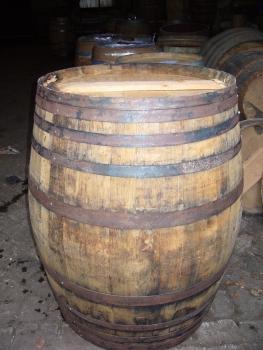 holzfass cognac 380 liter als stehtisch. Black Bedroom Furniture Sets. Home Design Ideas